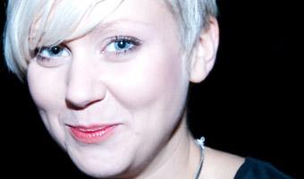 Närporträtt av Ellies ansikte