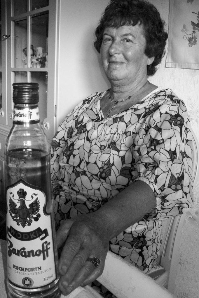 En smirnof flask och min mormor
