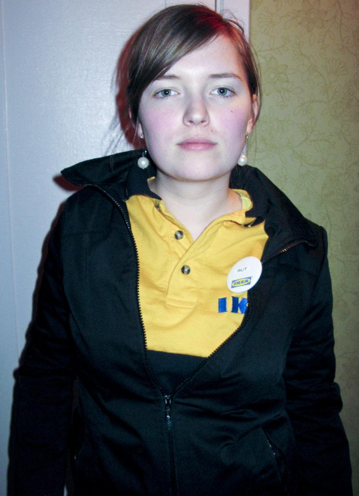 Rut Vernersdotter i full IKEA mundering